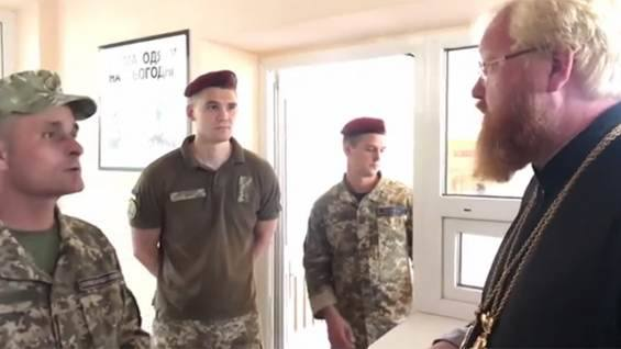 Военные не пустили прихожан УПЦ МП в одесский храм