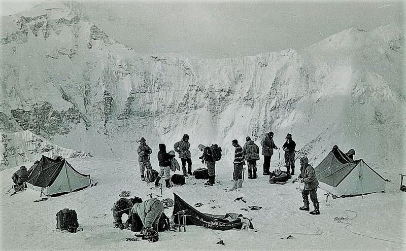 Женская команда. СССР, альпинизм, трагедия