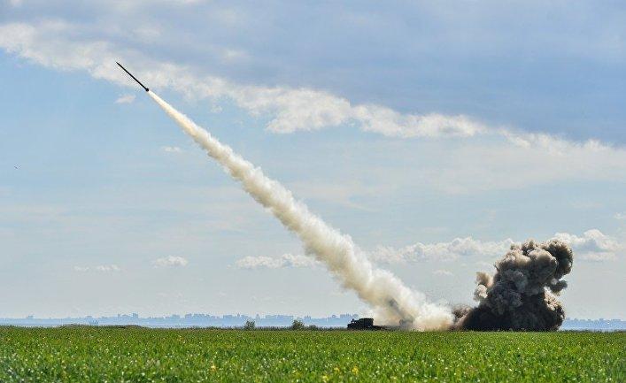 В Москве рассказали, в каком случае российские ракеты снесут Эйфелеву башню