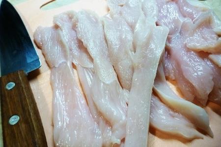 Чипсы из куриной грудки: фото шаг 1