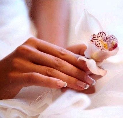 Как безопасно снять лак для ногтей - несколько несложных и полезных советов