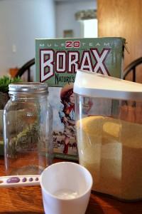 Дезодорант для очистки и удаления запаха с ковров своими руками (1) (200x300, 65Kb)