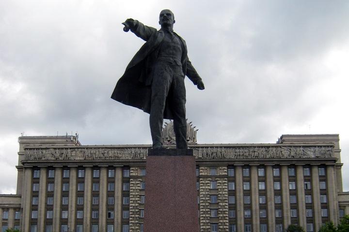 ДурДом2 представляет: бывший омский губернатор: Ленина могут причислить к лику святых