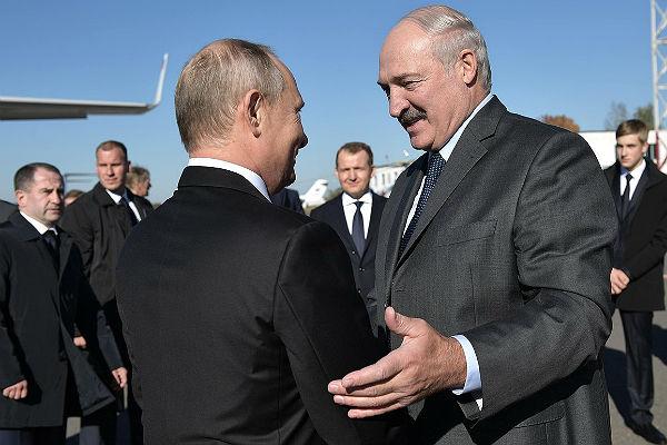 Лукашенко позвал Путина в лучшую область Белоруссии