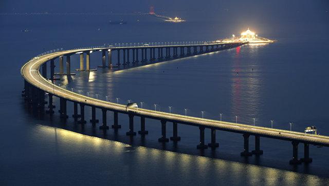 На юге Китая открыли самый длинный морской мост