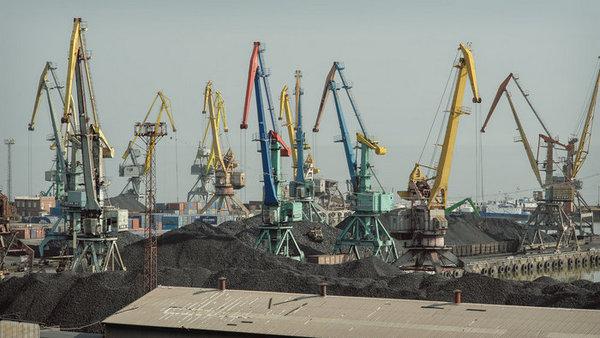 В Киеве призвали тщательно п…