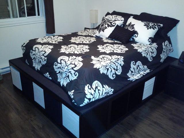 6 способов создать кровать из стеллажа
