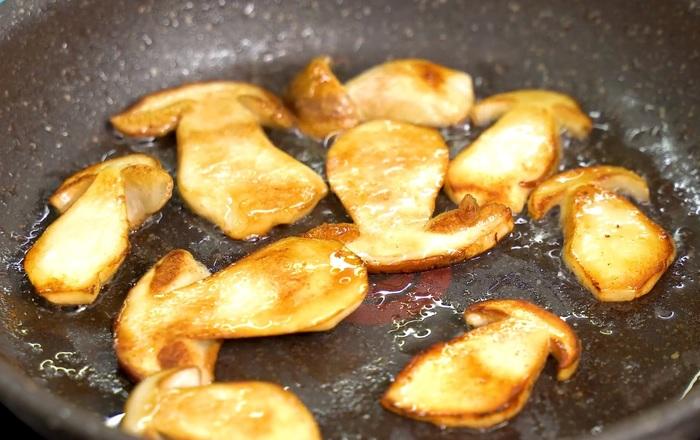 Грибы в сливках – очень вкусный рецепт жареных грибочков Грибы, Белый гриб, Жареные грибы, Видео, Длиннопост
