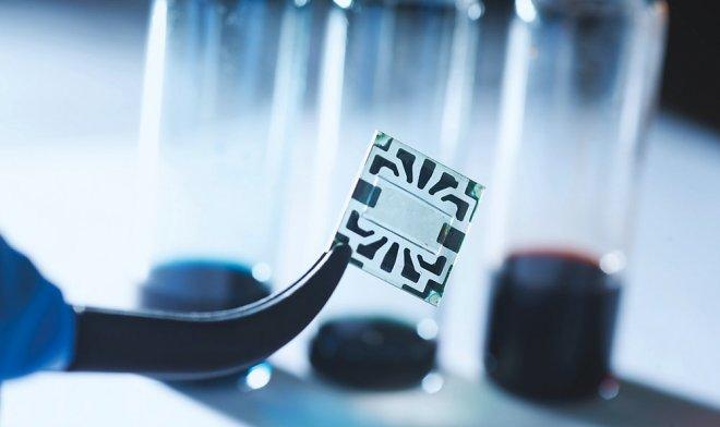 Графеновые электроды помогут создать гибкие и невидимые солнечные батареи