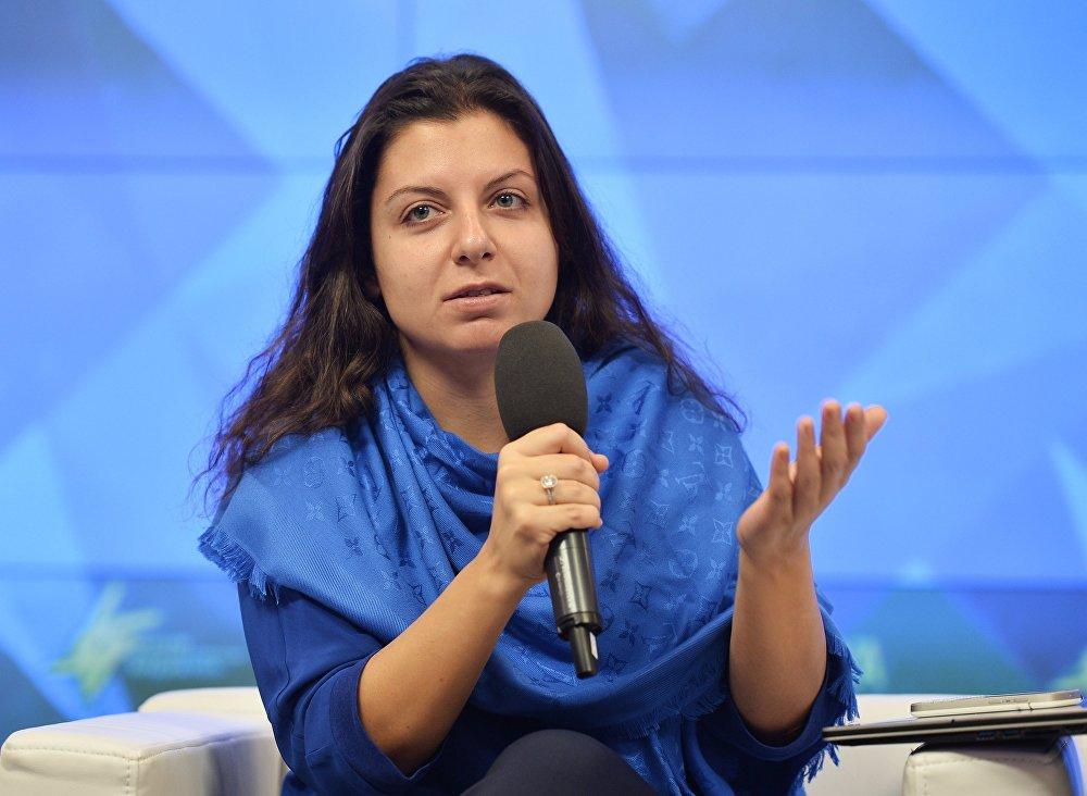 Симоньян предлагает дать гражданство РФ жителям республик Донбасса