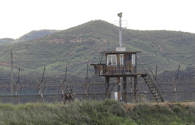 """КНДР пообещала нанести по США """"невероятный и неожиданный"""" удар"""