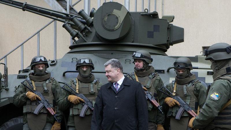 Киев довольно потирает руки: «личные амбиции» губят Луганскую республику
