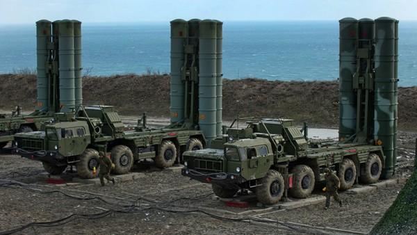 Тактика РФ на учениях в Крым…