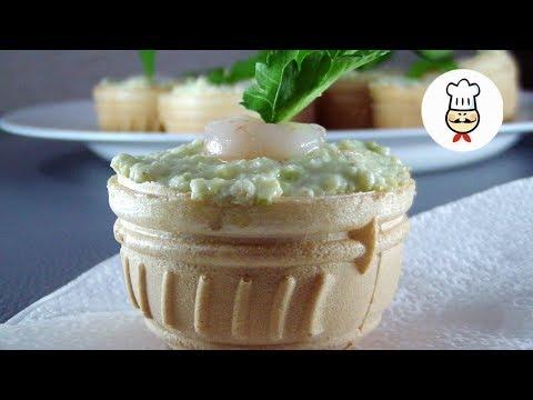 Тарталетки с авокадо,сыром и креветками