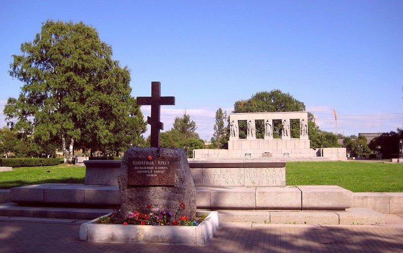 Серафимовское кладбище за св…