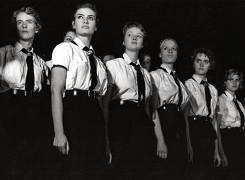 «Школа невест»: как в Германии готовили «идеальных арийских женщин»