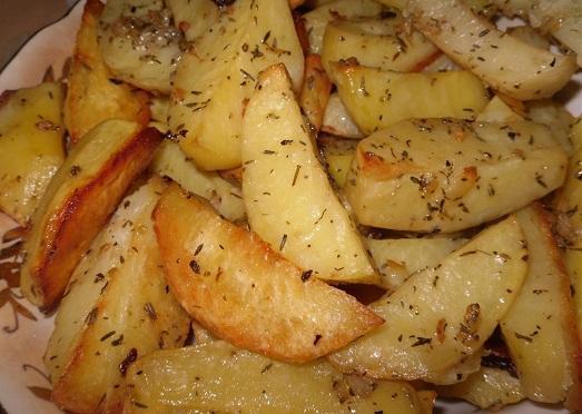 Рецепт картофеля запеченного в духовке фото 3