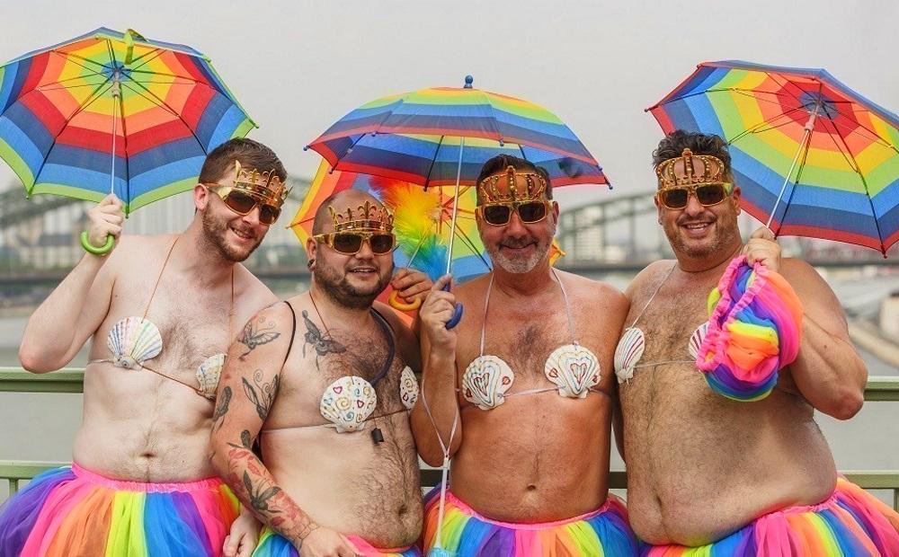 Почему я за проведение гей-парадов