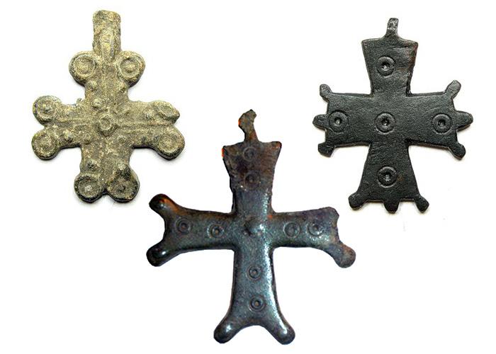 Мраморный крестик Пушкинская Ваза. Токовский гранит Таганрог