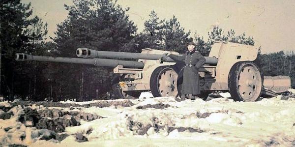 Истребитель танков Nashorn – идеальный снайпер?