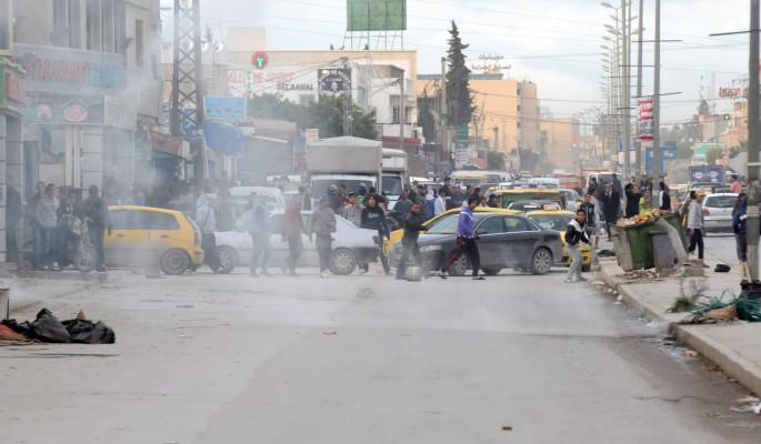 Полиция Татуина разогнала протесты слезоточивым газом