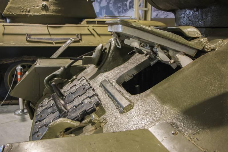 Рассказы об оружии. Танк Т-34-85 снаружи и внутри