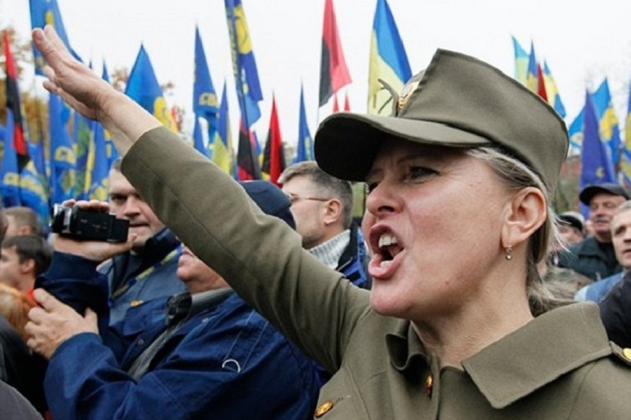 По стопам фашистов: в украинской армии ввели новое приветствие