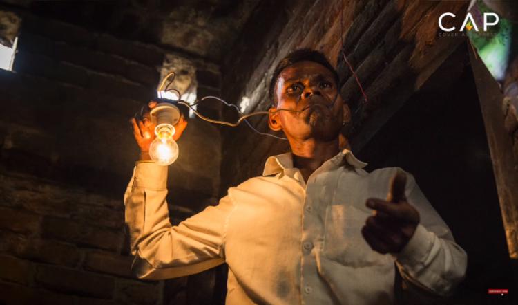 Человек-лампочка: индиец, который питается электричеством
