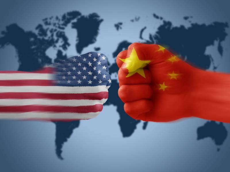 Китай стал врагом США №1