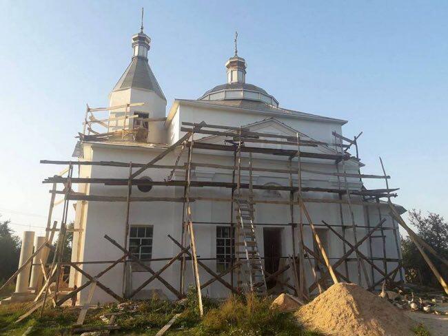Филаретовские сектанты получили отлуп на Сумщине при попытке захвата храма