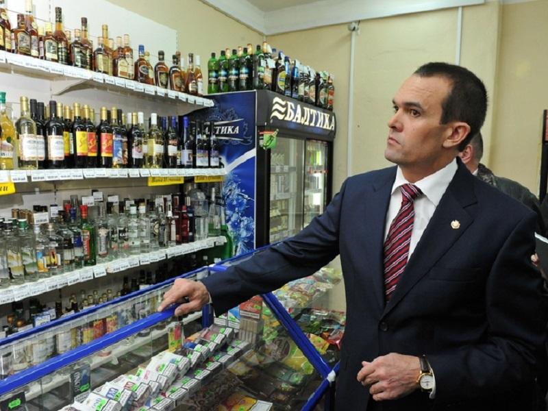 Глава Чувашии предложил увеличить продажу водки, чтобы построить новые школы и детсады