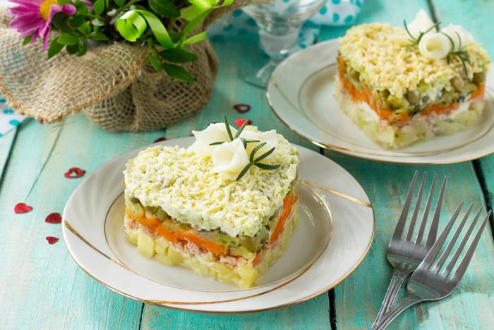 Салат с тунцом и картофелем: ингредиенты и рецепты приготовления
