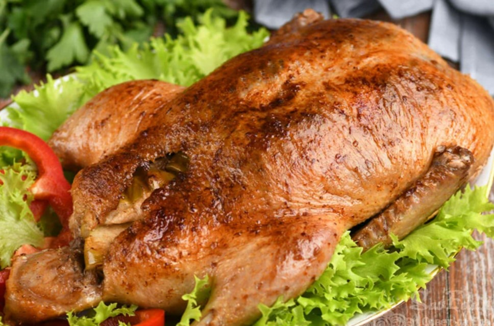 Праздничная «Моченая» утка, приготовленная целиком в духовке. Тает во рту!