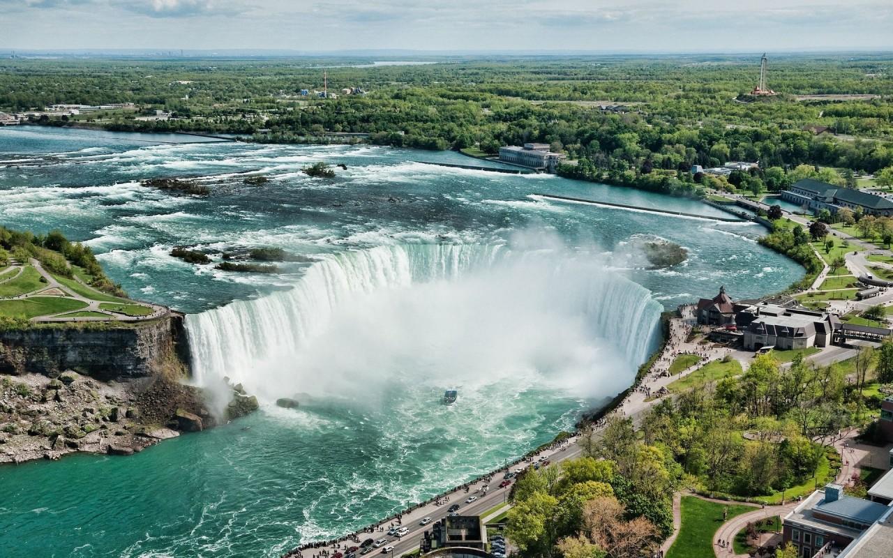 Ремонт Ниагарского водопада на видео
