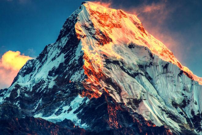 Как выглядят Гималаи с высоты 6000 метров