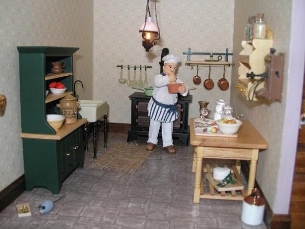 старый шкаф декорировать