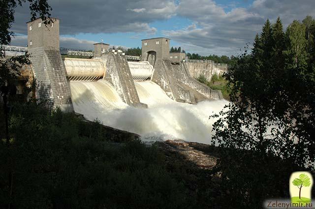 Завораживающий водопад Иматранкоски на плотине в Иматре, Финляндия - 9