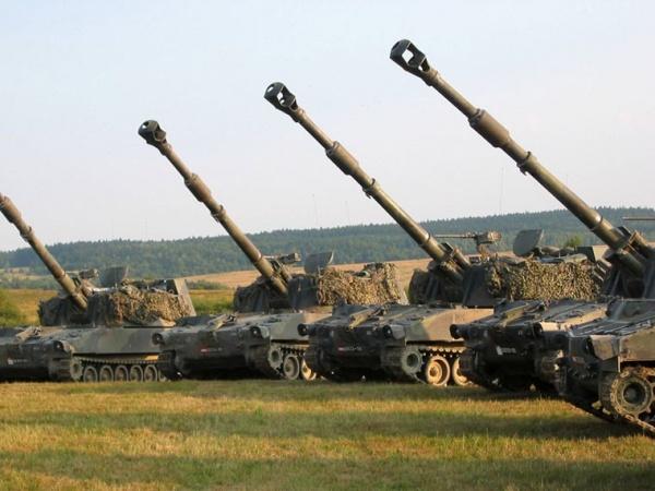 ВЛатвии проводится набор будущих артиллеристов