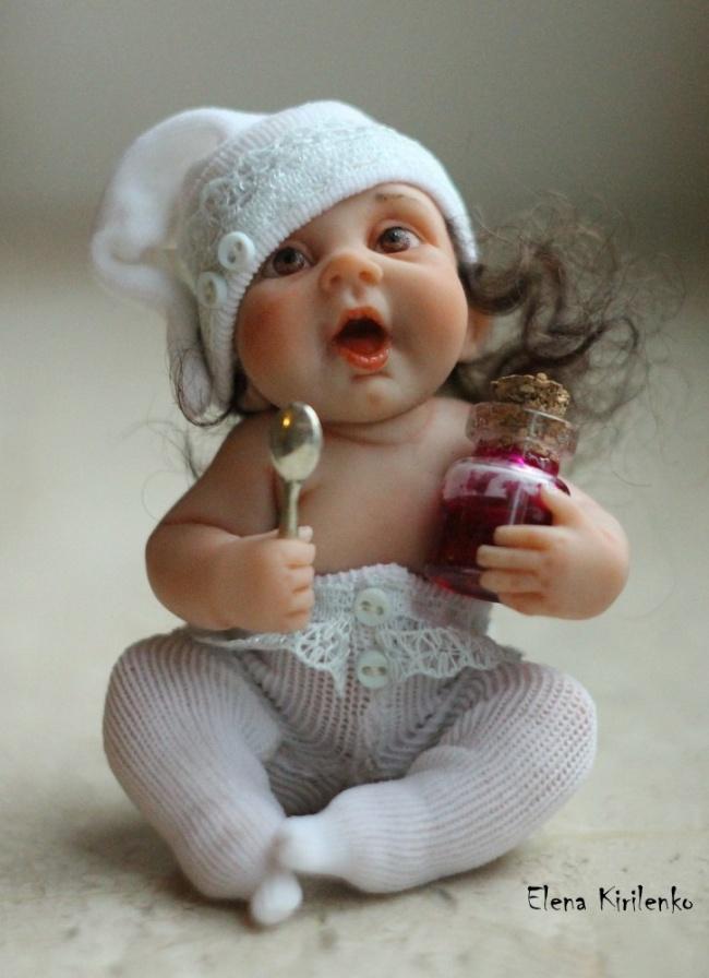 Эти маленькие и безумно симпатичные солнечные куклы от Елены Кириленко - не улыбнуться просто невозможно