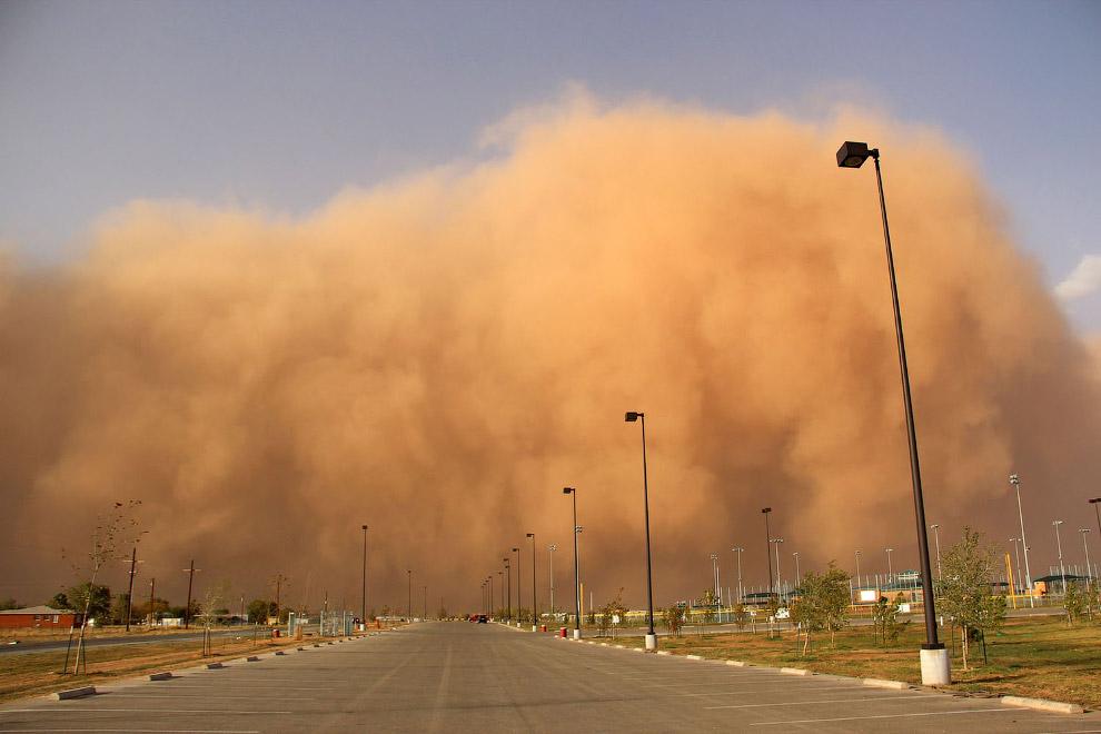 Большая пыльная буря вблизи Лаббока, штат Техас