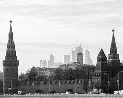 Не совсем понятно, чего хочет Малашенко: спасти Россию от вредоносной политики Кремля, либо пригласить нас, россиян, одеться во все белое (Фото: Евгения Новоженина/РИА Новости)