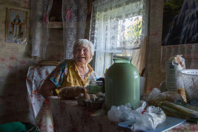 Люська Людмила Вячеславовна единственная жительница села Головкино в Псковской области