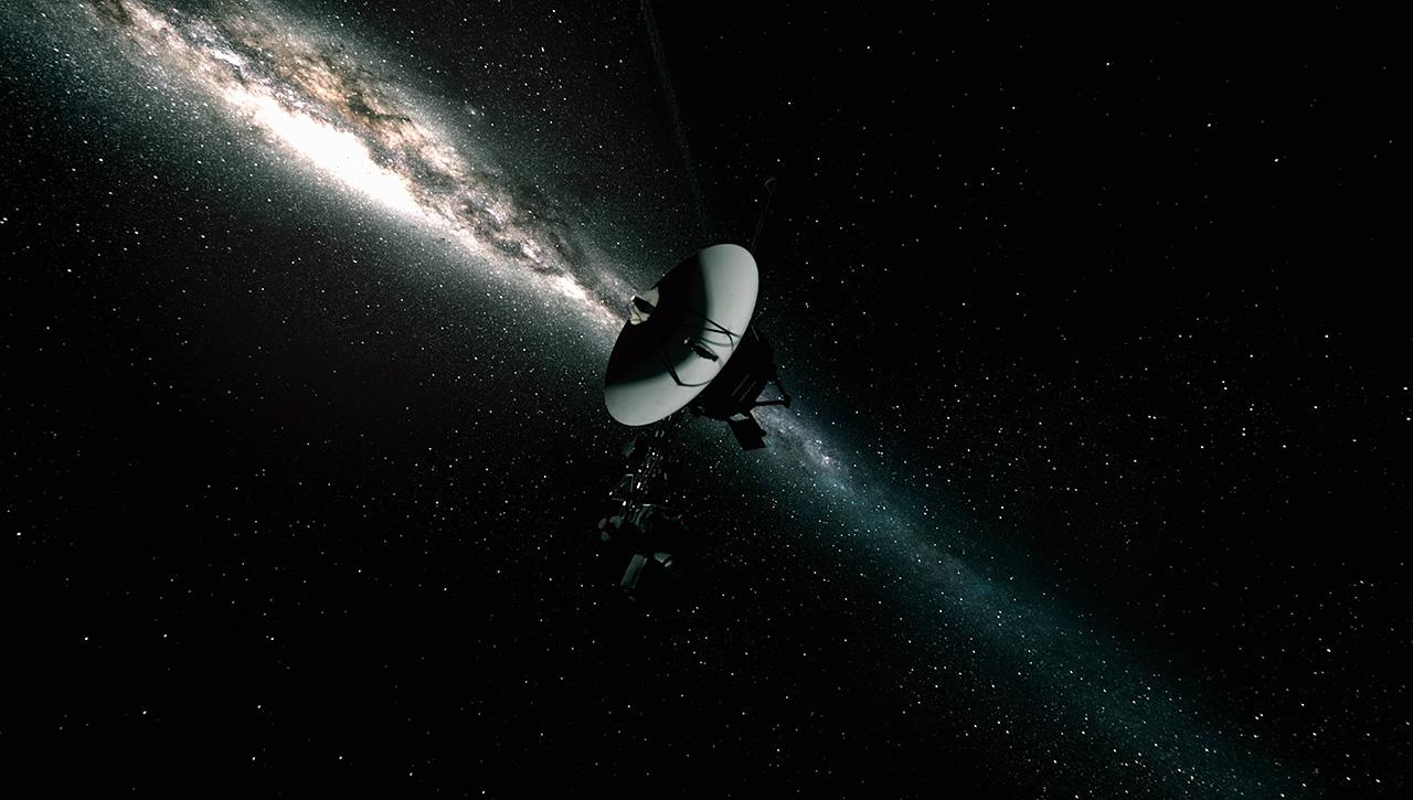 После 37 лет «спячки» двигатели «Voyager 1» успешно скорректировали положение зонда