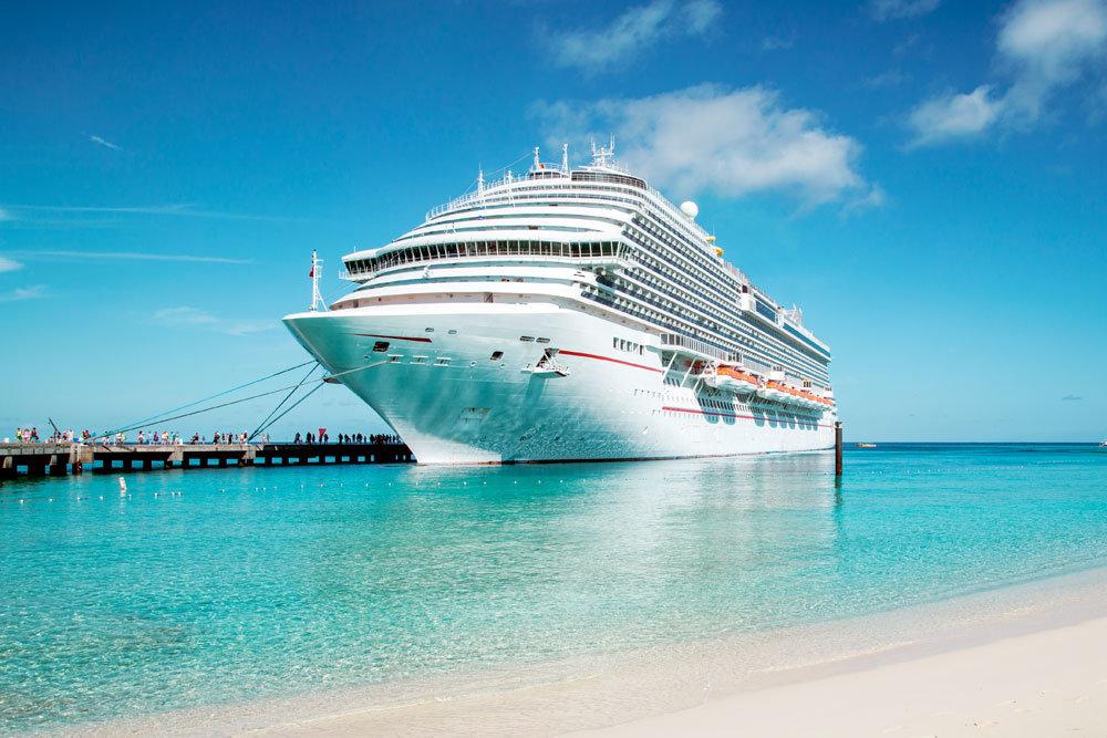 Названы самые удивительные правила для отдыхающих на лайнерах