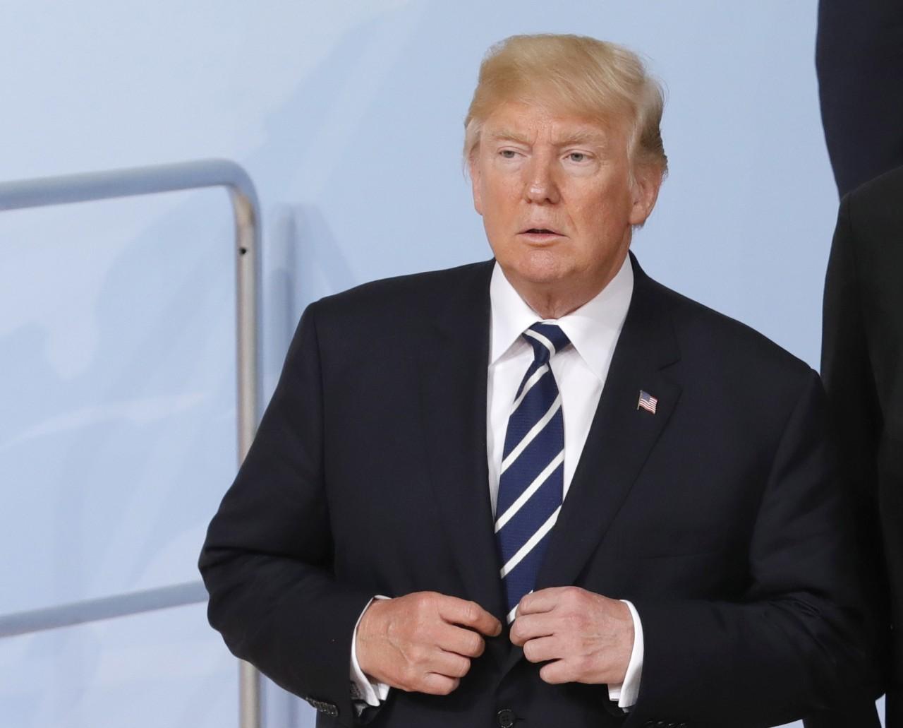 """Трампа заподозрили в """"работе на Россию"""" и препятствовании правосудию. Что это значит?"""