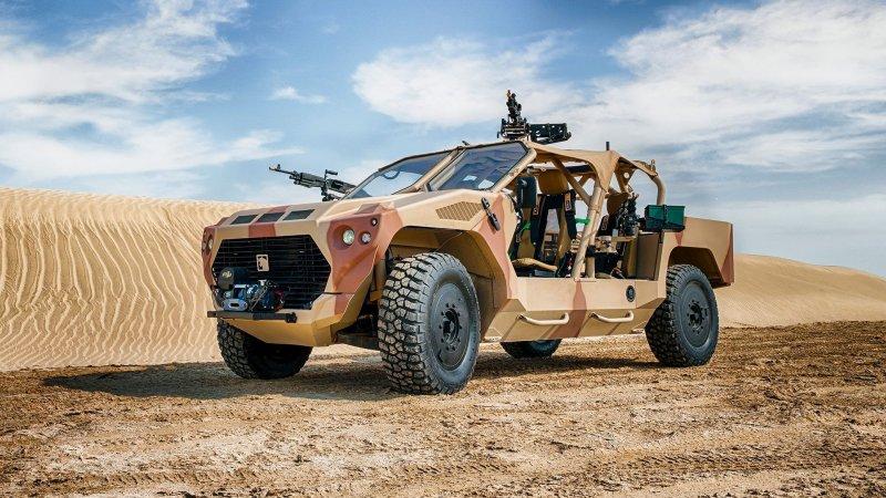 Военный внедорожник из Эмиратов с двигателем Maserati