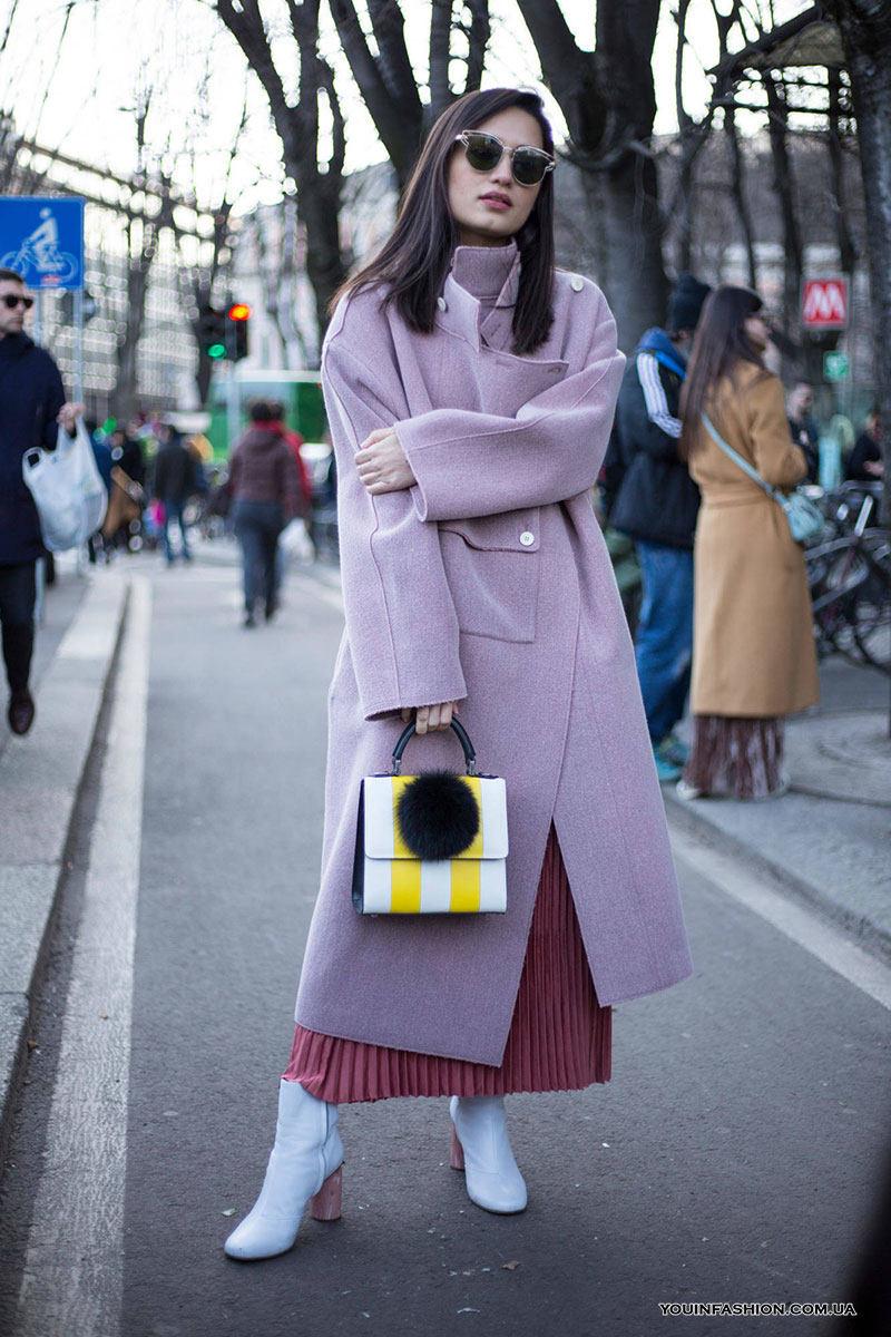 С чем носить плиссированные юбки зимой