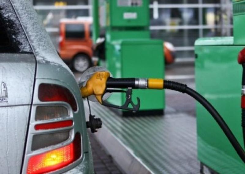 В парламенте ДНР снизили акциз на топливо. Обещают снижение цен на продукты