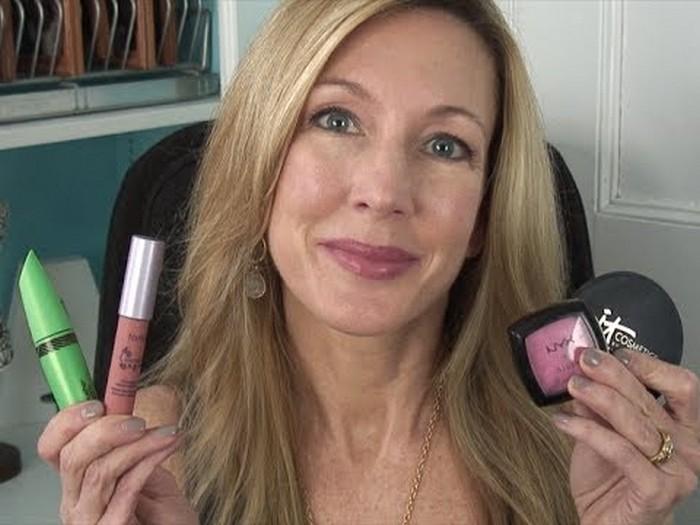 10 реально опасных ошибок в макияже.