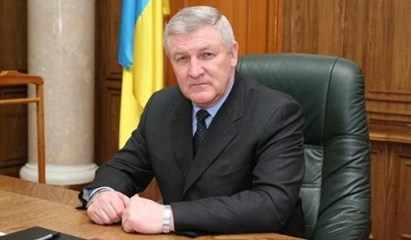 Экс-министра обороны Ежеля признали беженцем в Беларуссии
